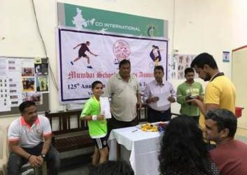 Bandra West Squash Champion brings laurels to school!!! (Anshuman wins MSSA Squash Tournament )