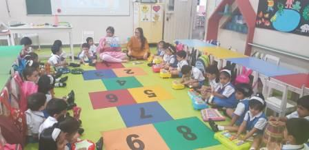 AVM Juhu, Playschool children experiences Sound of Music Activity – Beat with Books